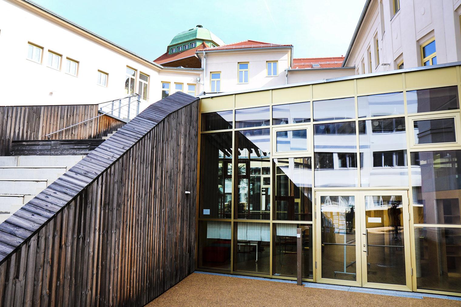 Außenaufnahme Bildungszentrum Pestalozzi