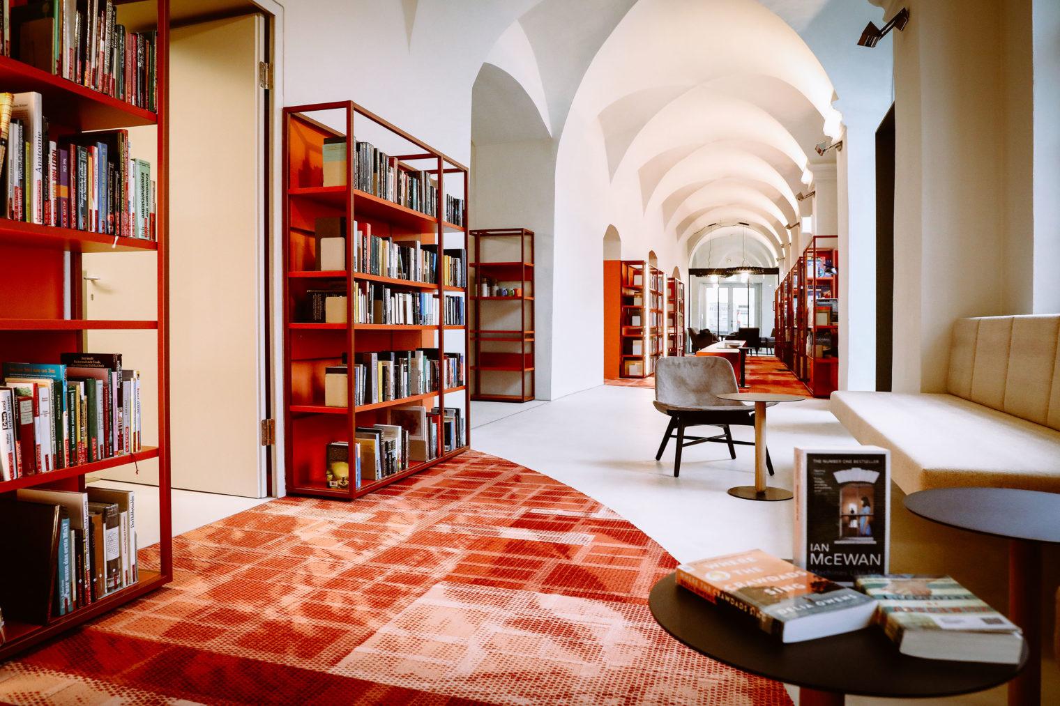 Innenaufnahme Bücherei Leoben