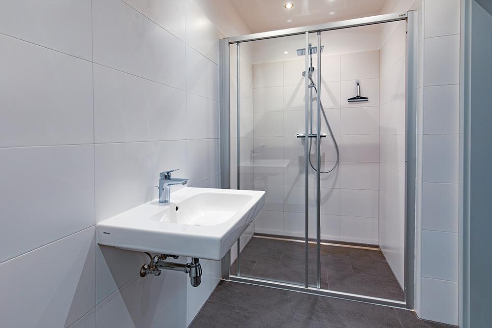 BeispiBeispiel Badezimmer Gemeindewohnung in Leoben