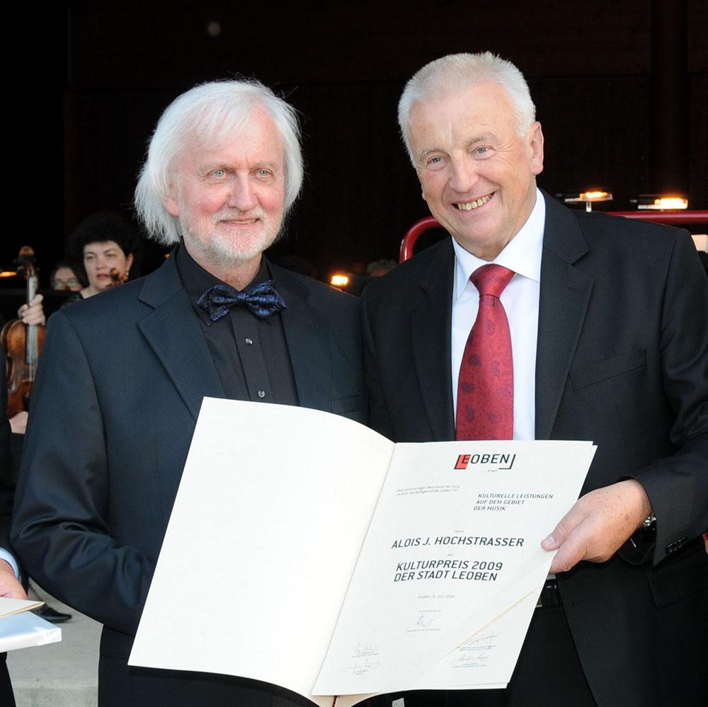 Alois Hochstrasser mit Bürgermeister Konrad