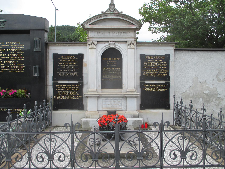 Grabstätte Familie Krempl
