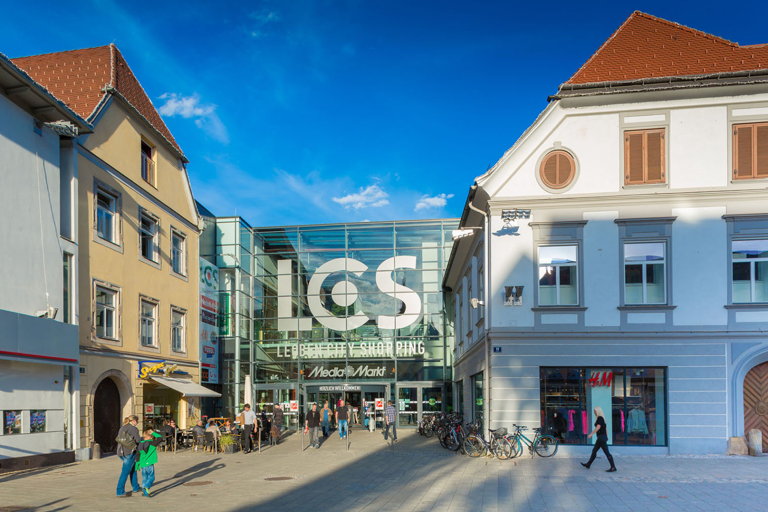 Außenansicht Einkaufszentrum LCS