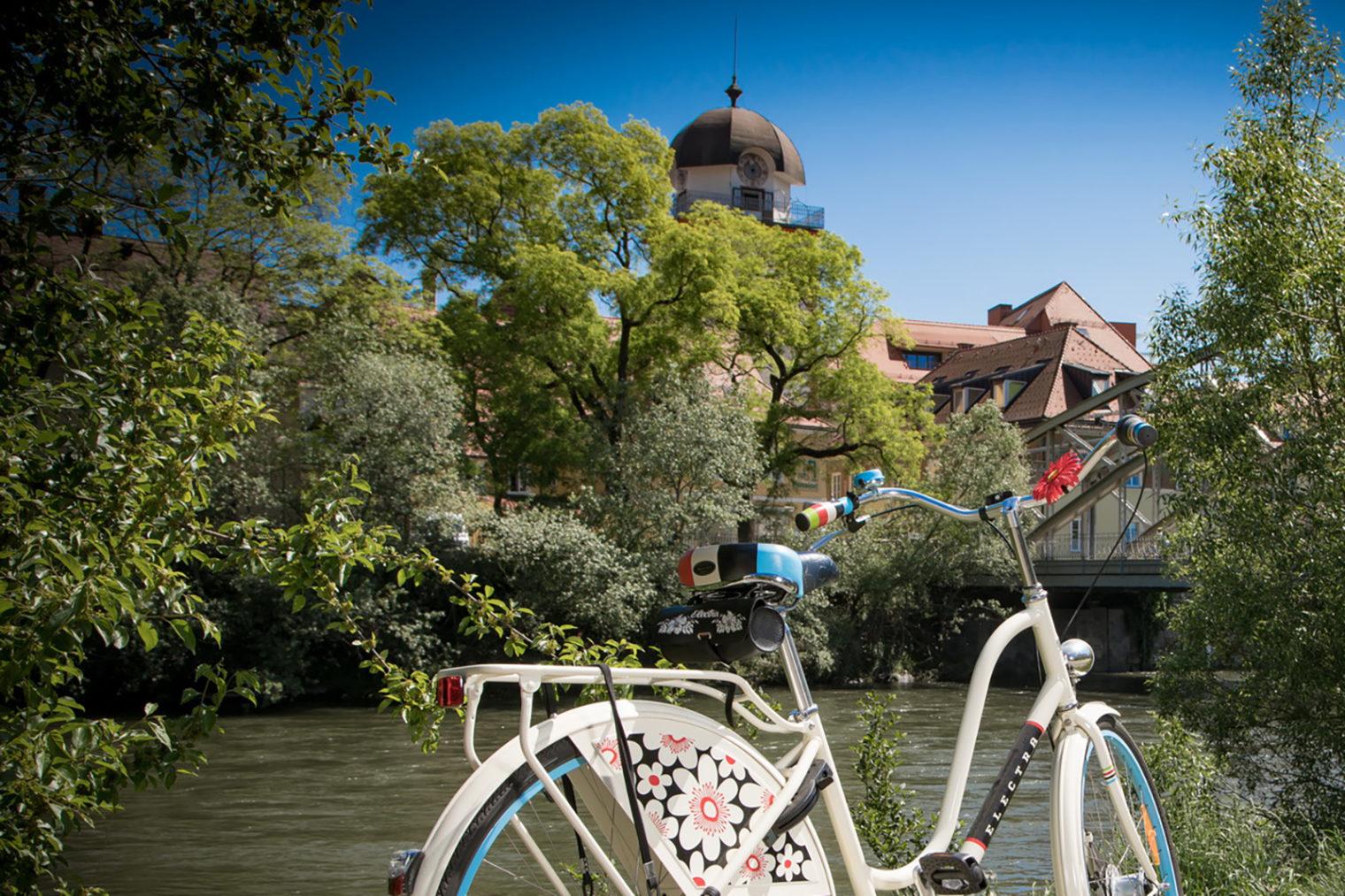 Fahrrad an der Mur in Leoben