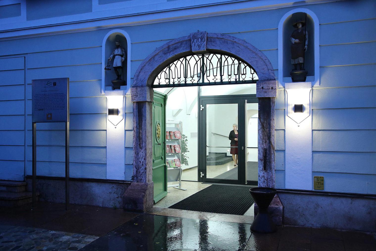Außenansicht Portal Stadttheater Leoben