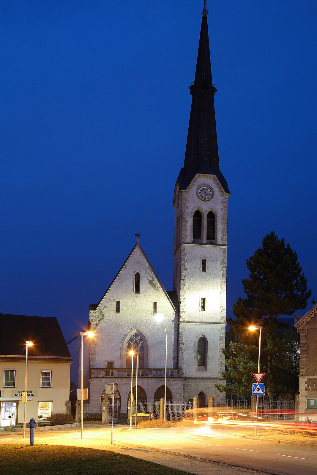 Waasenkirche bei Nacht