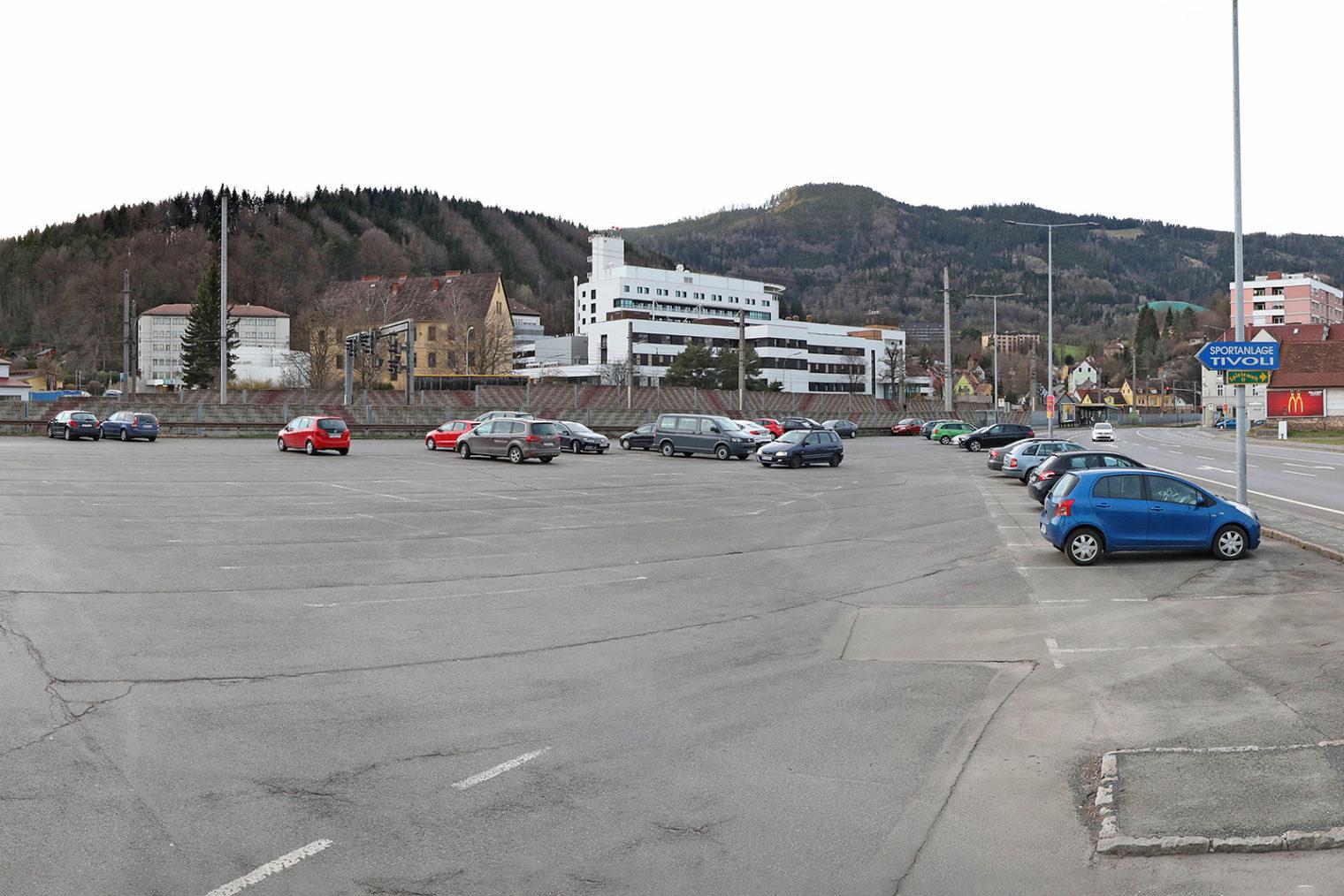 Parkplätze am Tivoli