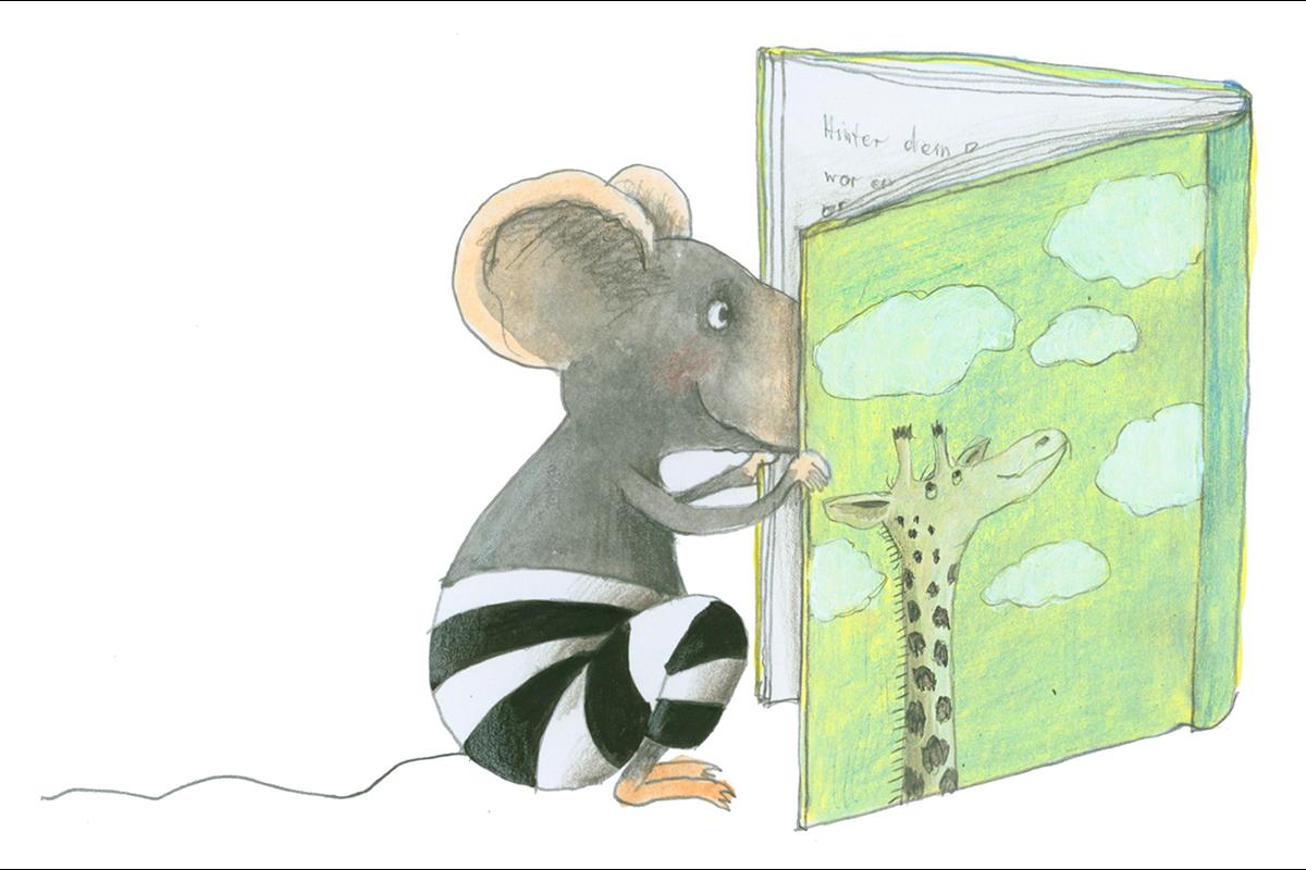 Symbolfoto Maus mit Buch