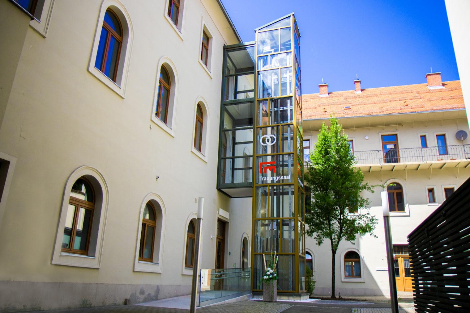 Imagebild Lift zum Trauungssaal Standesamt Leoben